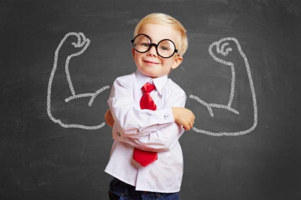 20 κανόνες για να χτίσει το παιδί αυτοπεποίθηση.