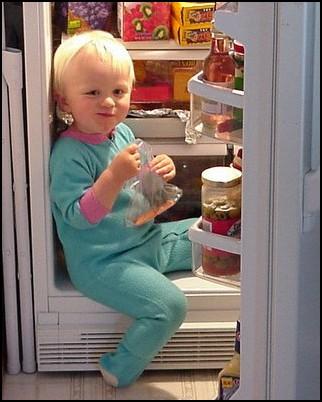 Τι κάνει ένα παιδί να ζητάει συνέχεια φαγητό